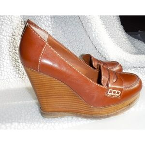 Lucky Brand tan leather wedge shoes
